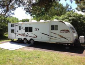 2010 Heartland RVs North Trail Series M-31QBS