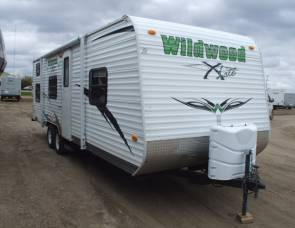 2011 Wildwood by Forest River X-lite Series M-26BH