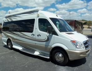 2010 Four Winds Sprinter Ventura 170S