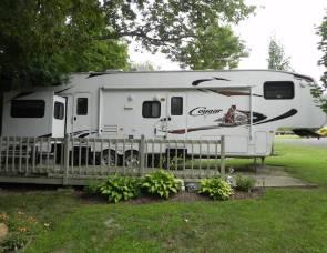 2010 (LOADED) Keystone Cougar