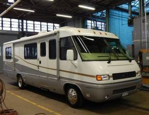2004 AIR STREAM LAND YACHT