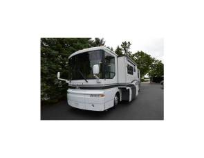 2000 Winnebago Ultimate Advantage