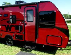 2017 Winnebago Micro Minnie 1700 BH