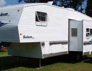 2004 Salem 31' Fifth Wheel Bunkhouse