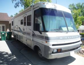 1996 Winnebago Adventurer