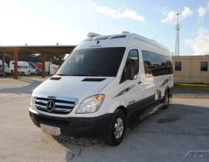 2009 Roadtrek Adventurous RS
