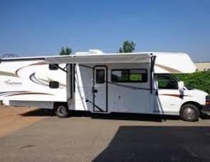 2010 Coachman Freelander 32BH