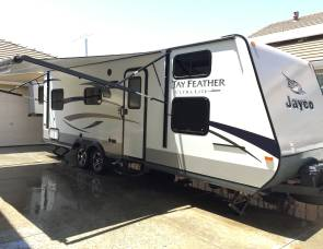 2015 Jayco Ultra Lite Travel Trailer