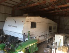 2004 Trail vision fifth wheel