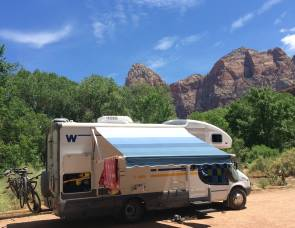 2005 Winnebago View