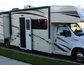 2017 Coachmen Freelander 32BH
