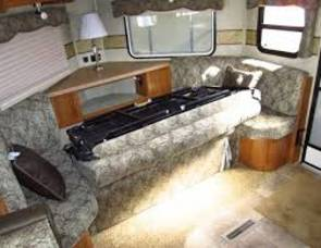 2013 Rockwood Windjammer 2809W Bumper-Pull Camper