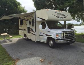 2016 Coachmen Freelander 21 QB