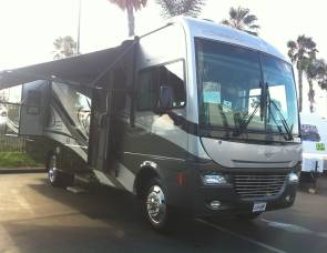 2007 Fleetwood south wind 32v