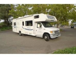 2003 UNLIMITED MILEAGE - Coachmen Pathfinder Sport