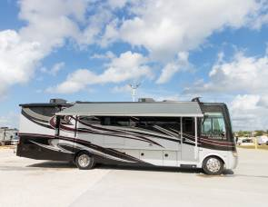 2013 HOLIDAY RAMBLER - UNLIMITED MILES AND GENERATOR USE