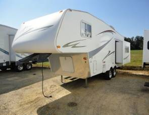 2008 Sun Valley Extreme 230 Fifth Wheel