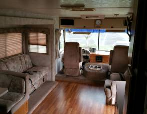 1998 Four Winds Hurricane Motorhome