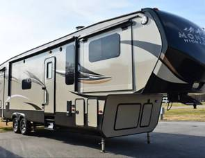 2016 Keystone Montana High Country - Front Living 5th Wheel