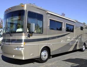 2005 Winnebago Journey 39 M