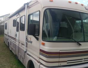 1994 Fleetwood Bounder 34J - Must have previous RV driving experience