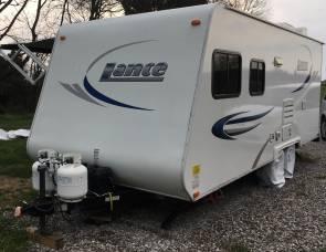 2009 Lance M1880