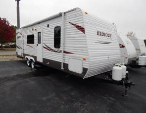 2011 26ft Keystone hideout (Delivery available) -free insurance coverage