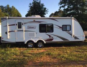 2011 31' Coleman super slide bunkhouse