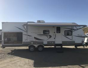 2012 Coachmen Catalina Deluxe 27' with Outdoor Kitchen!