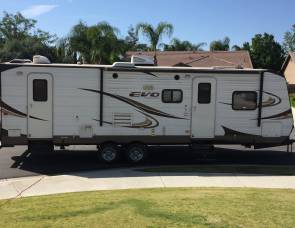 2014 Forest River Evo T2700