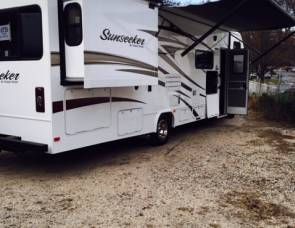 2017 2017 forest River 31ft weekend special $1641.00 with tax FRI-MON 500 free miles call now 631-543-1226