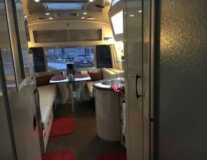 2017 Airstream International Serenity 25