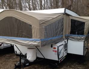 2015 Flagstaff Pop up with slide out & power roof lift