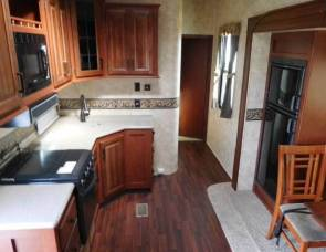 2013 Sandpiper fifth wheel