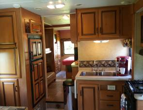 2012 Unlimited Miles Motorhome