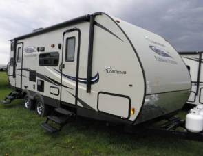 2015 Coachmen / Freedom Express 229TBS