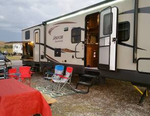 2016 Keystone Sprinter Campfire Edition Bunkhouse
