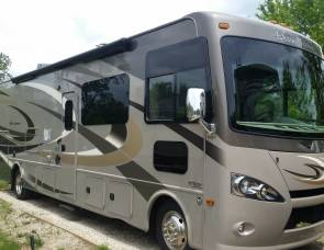 2016 Thor Hurricane 34J Bunk House