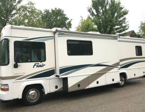 2002 Fleetwood Flair 31A