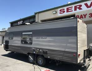 Forest River Grey Wolf 22BHLE Bunkhouse Trailer