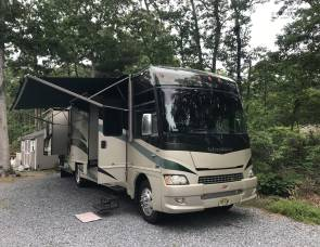 2009 Winnebago Adventure 35A Triple Slides