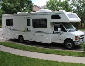 2001 Four Winds 5000 28A