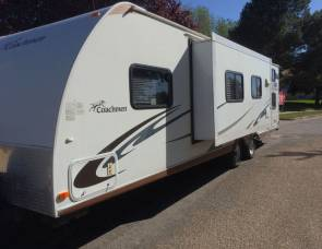2011 Coachmen by Forest River Freedom Express