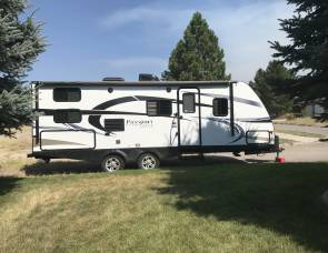 2016 Keystone Passport Ultra Lite 2400 BHWE