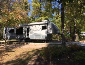 2015 Open Range Light 319RLS