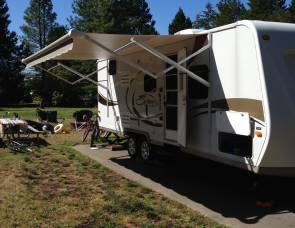 2010 Kz spree 240bh triple bunk beds