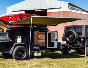 2017 Extreme Tears Teardrop Trailer (Black)