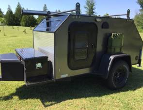 2017 Extreme Tears Teardrop Trailer (Gray)