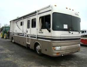 2001 Fleetwood Bounder Diesel pusher 37k