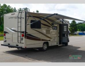 COACHMAN LEPRECHAUN LUXURY EDITION FORD 350